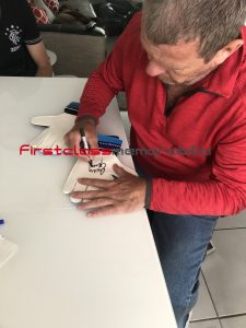 Andy Goram signing autographs