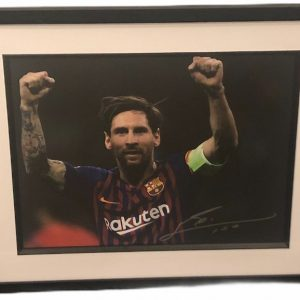 """Lionel Messi Barcelona signed photograph 12x16"""" Hands in air"""