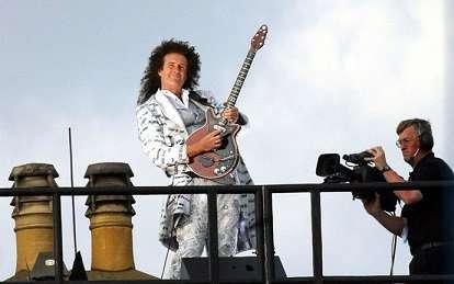 Brian May Queen Autographs - Authentic Signed Queen Memorabilia