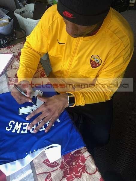 Signed rangers football shirt marvin andrews