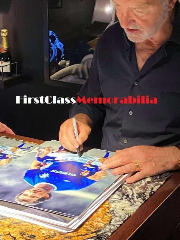 Graeme Souness signing photographs rangers