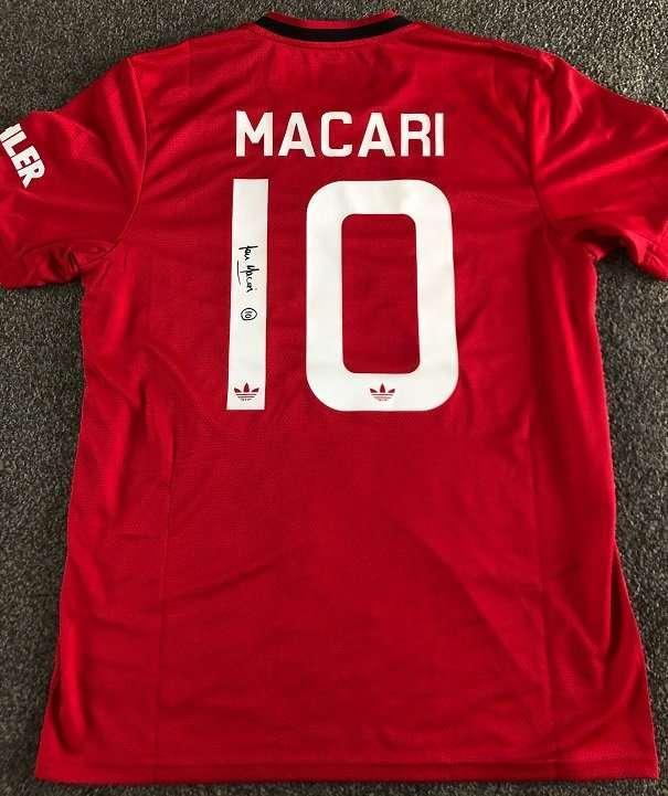 Lou Macari signed Man Utd Football shirt rear