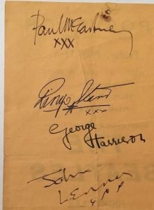 the-beatles-autographs-from-1963