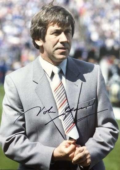 John Greig Signed Glasgow Rangers FC photograph 8x12 5