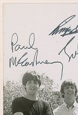 the-beatles-signed-photo-22nd-feb-1965