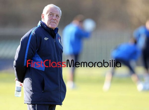 """Walter Smith Manager Glasgow Rangers photo 8x10"""" (Unsigned)"""